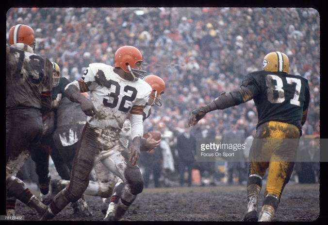 jim-brown-and-willie-davis-1965-nfl-title-game